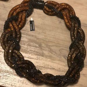 Unique ombré necklace piece